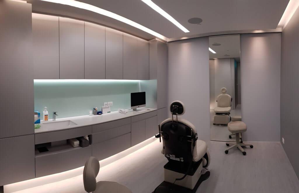 Martin Huang Plastic Surgery image
